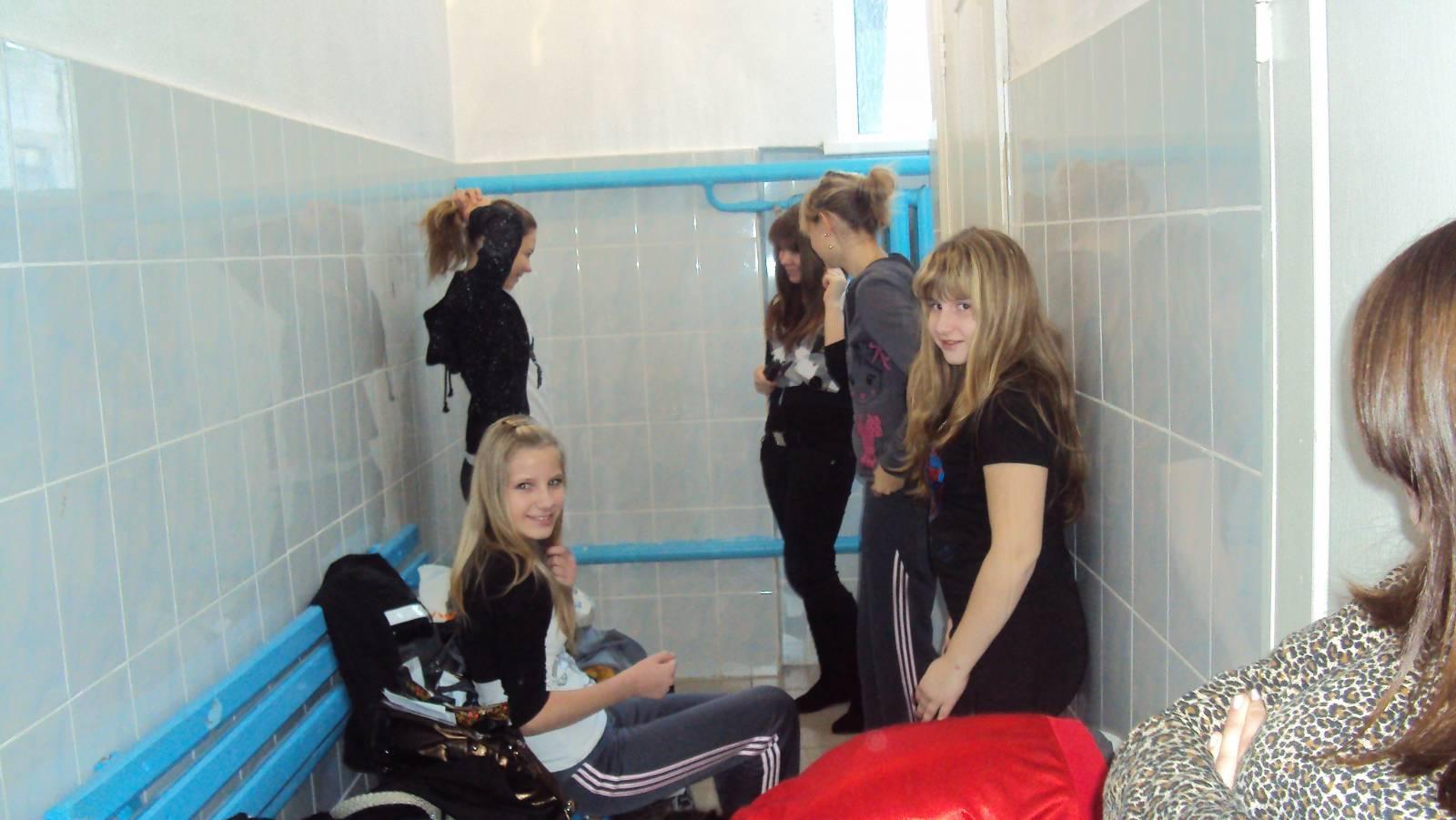 Раздевалка для девочек 2 фотография